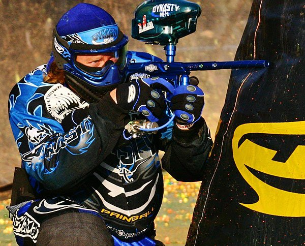 how to become a professional paintball player