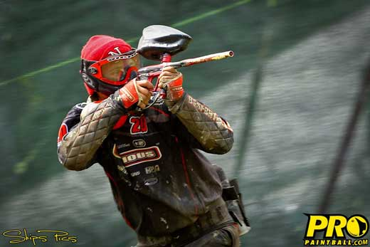 Bryan Bortol from paintball team Omaha VICIOUS